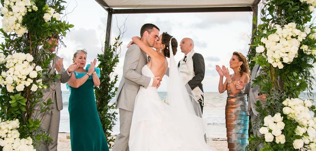 結婚式のレベル感を下げず、費用を安く抑える賢い方法