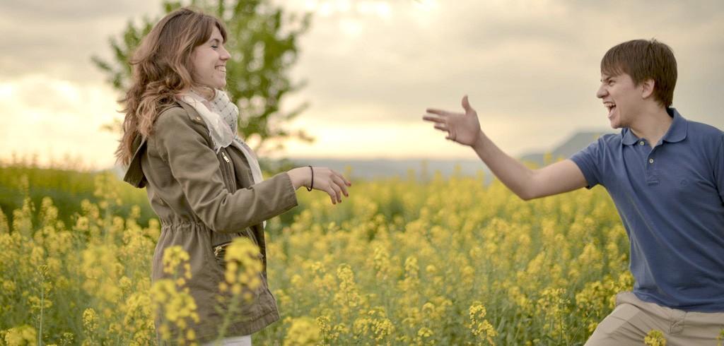デート内容は関係ない!?恋愛成就の鍵は距離感