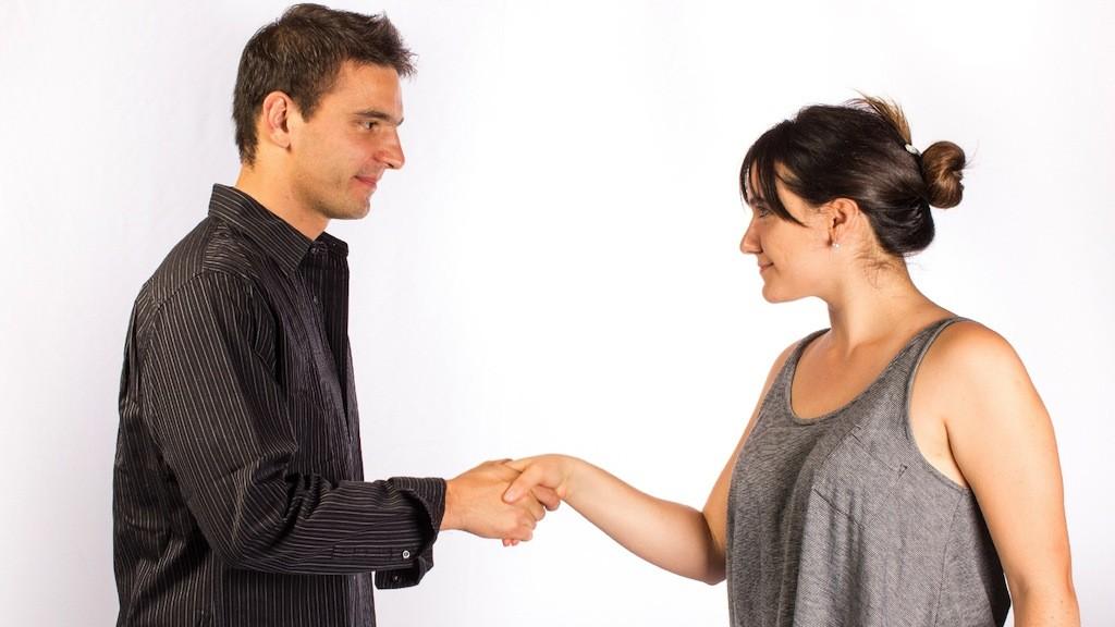例文から学ぶ、婚活パーティーの「自己紹介」