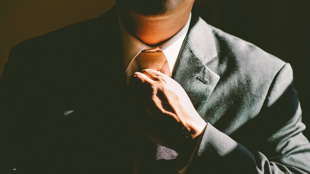 正しいスーツの着方